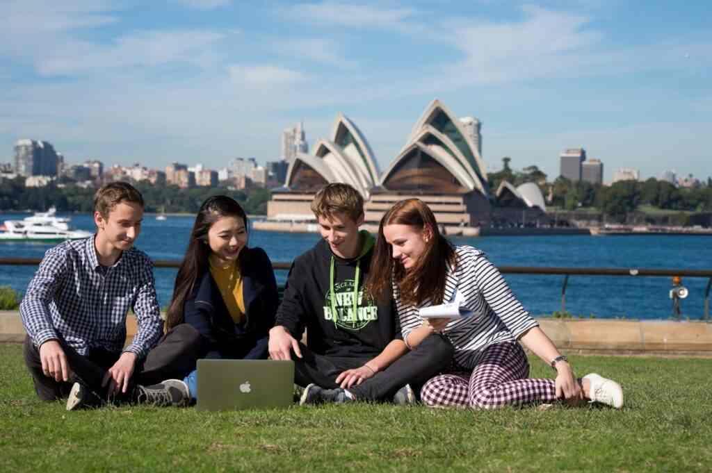 Hoạt động ngoại khóa cho du học sinh Úc