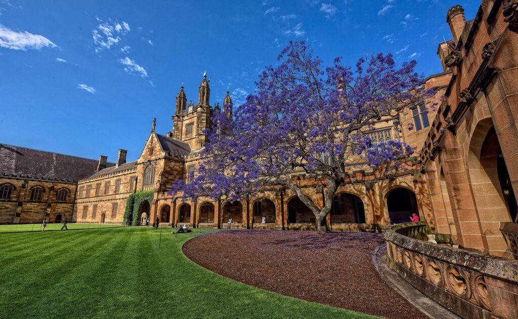 học bổng nghiên cứu bậc sau Đại học tại Úc