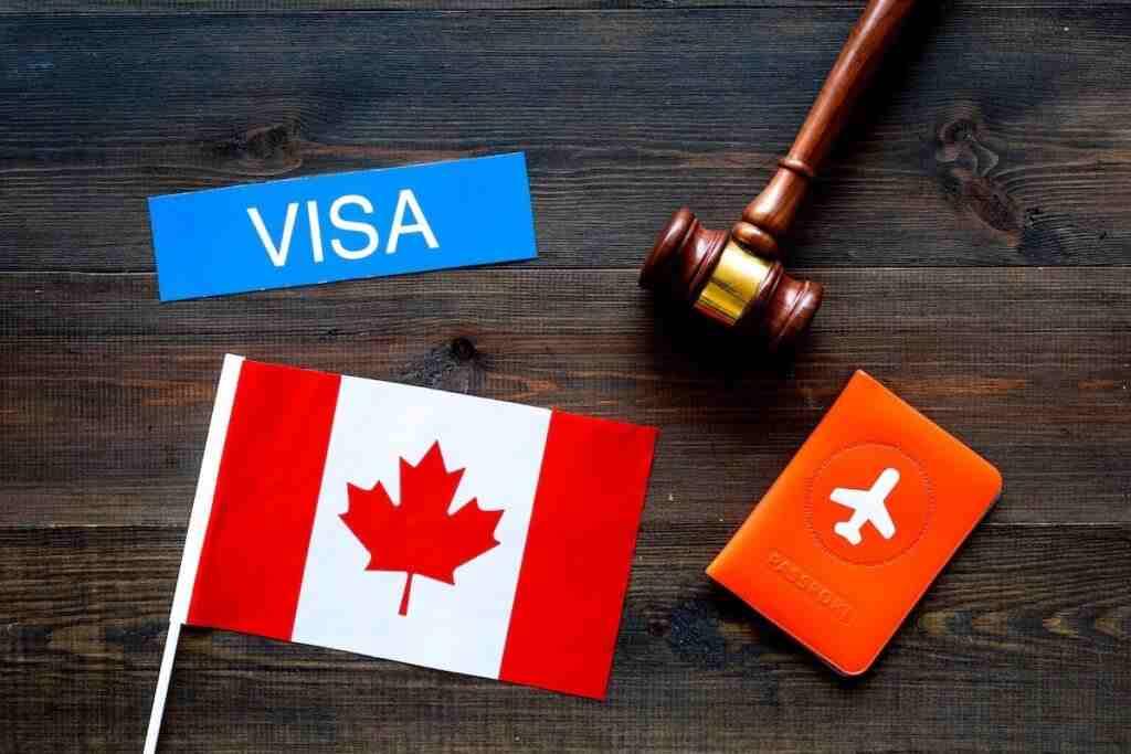 gia hạn để được ở lại Canada sau tốt nghiệp