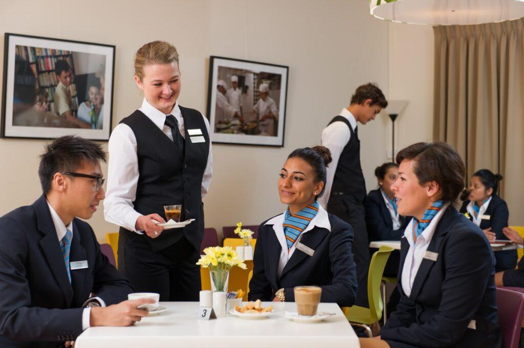 Du học ngành Quản trị khách sạn tại Úc