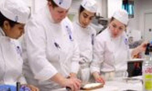 Du học nghề bếp tại Úc - Mức lương khủng, cơ hội định cư cao