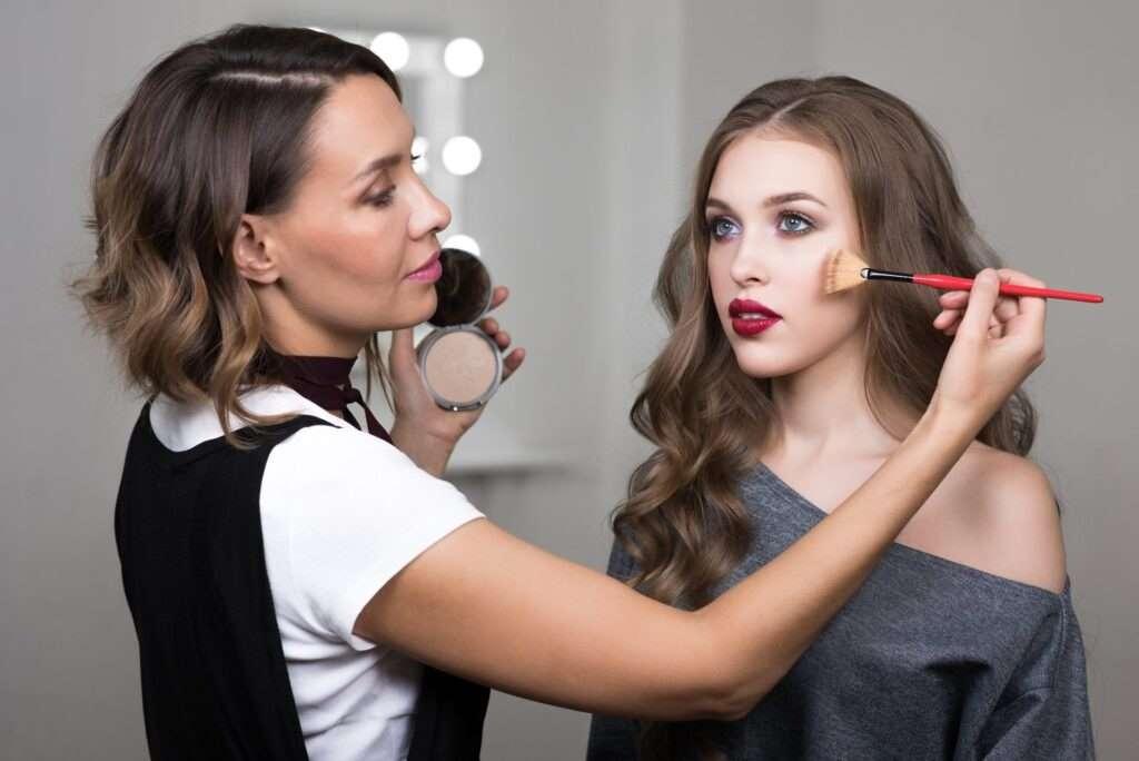 du học úc ngành makeup