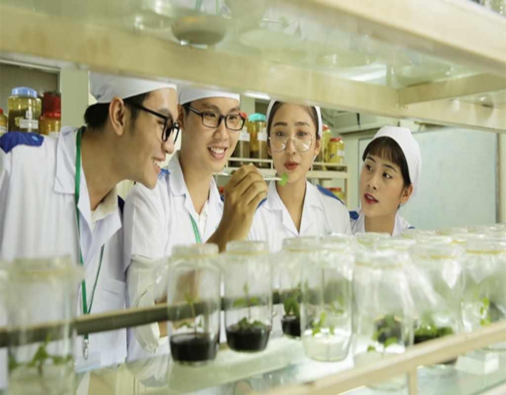 du học ngành công nghệ sinh học