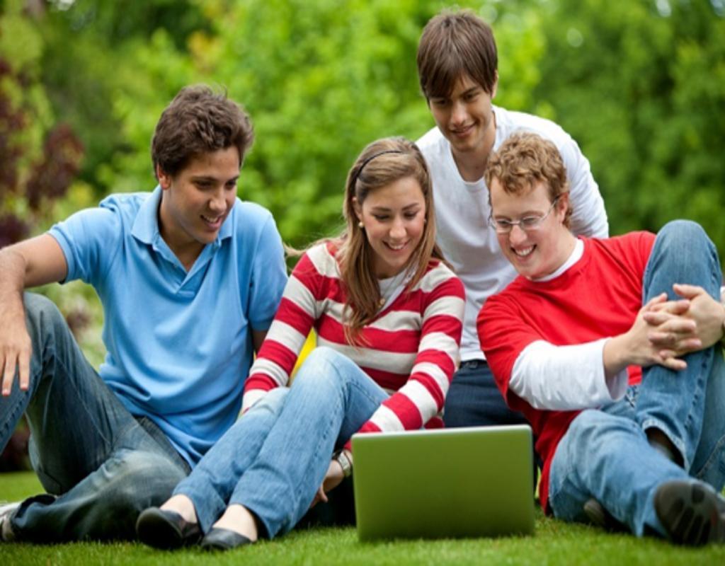 Tỷ lệ học sinh  theo học chương trình IB tốt nghiệp đại học cũng cao hơn nhiều