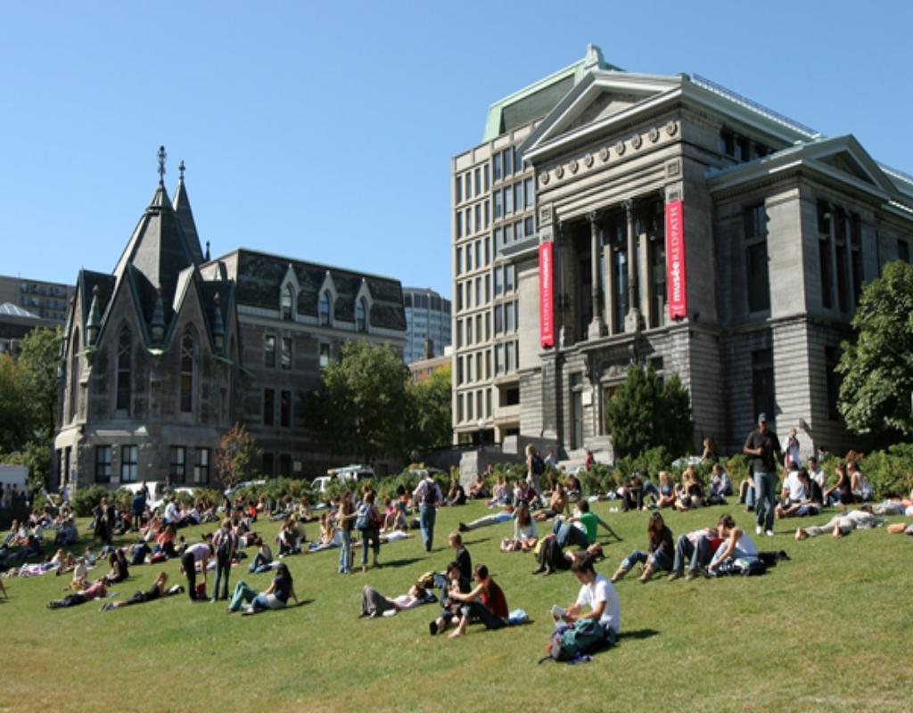 "McGill University - ""Harvard""của Canada"