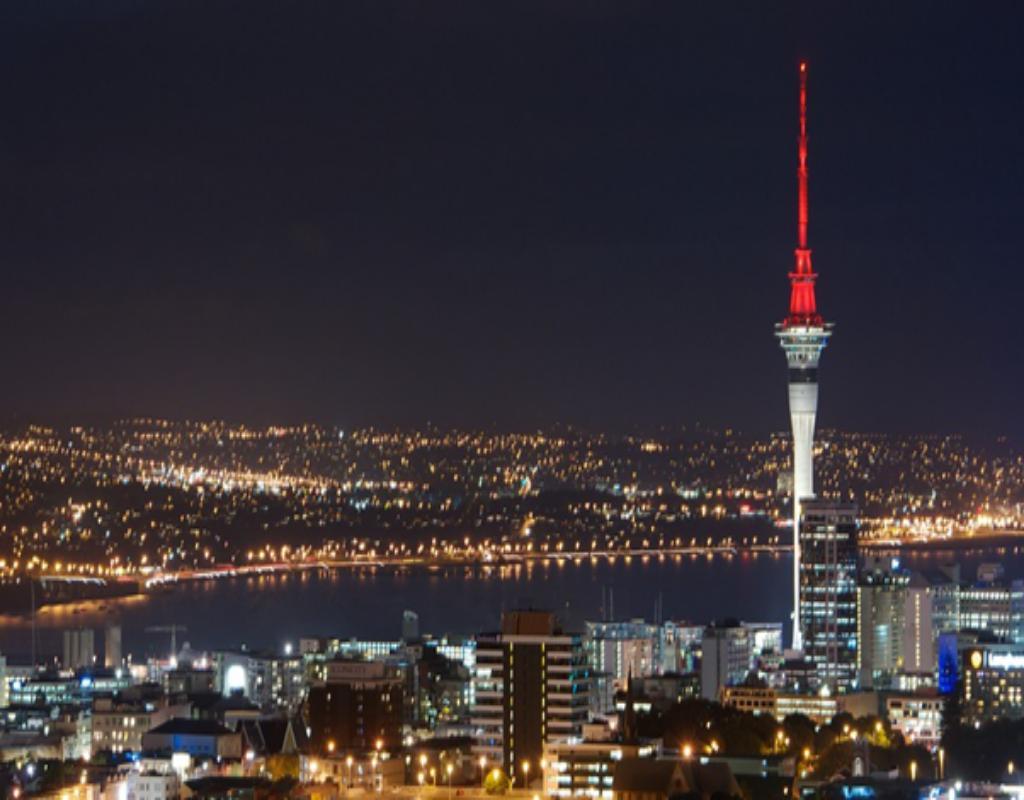 Tháp Sky Tower - tòa tháp cao thứ 12 thế giới với độ cao 328m