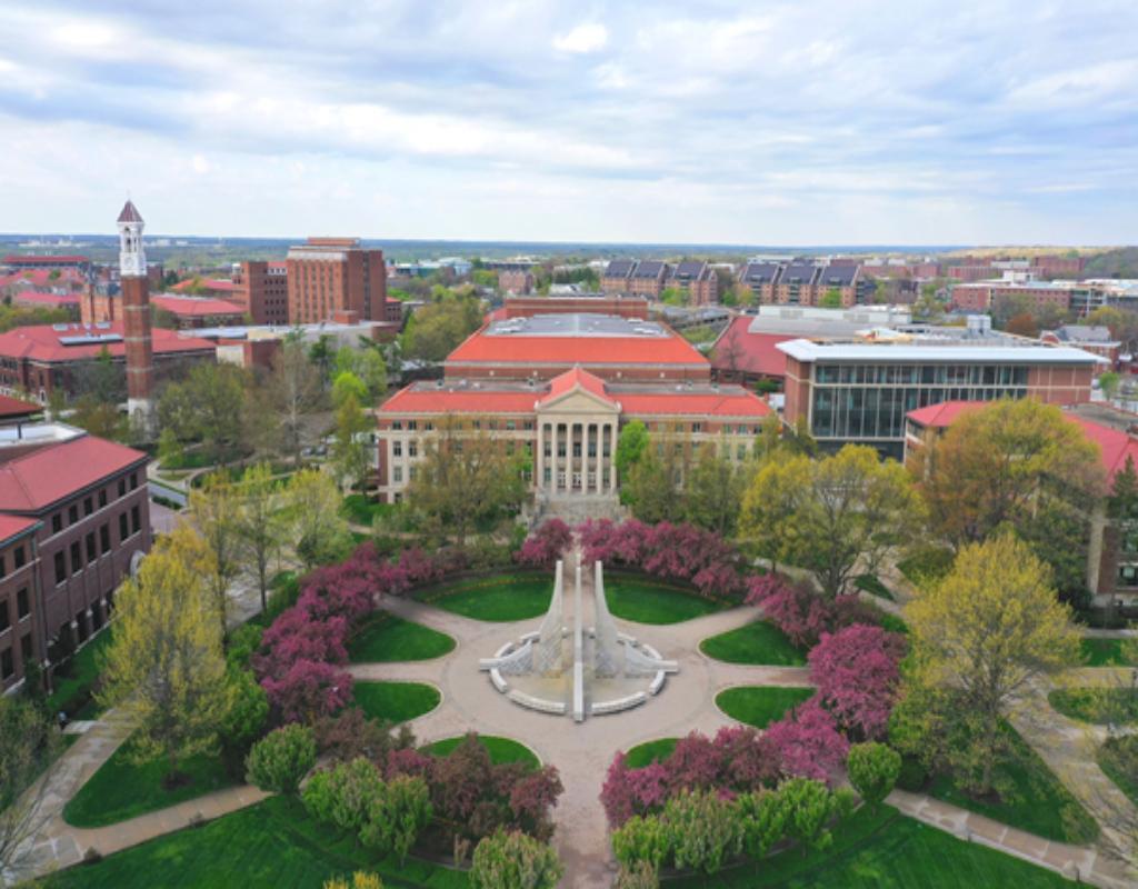 Đại học Purdue là đại học có số lượng sinh viên theo học đông nhất