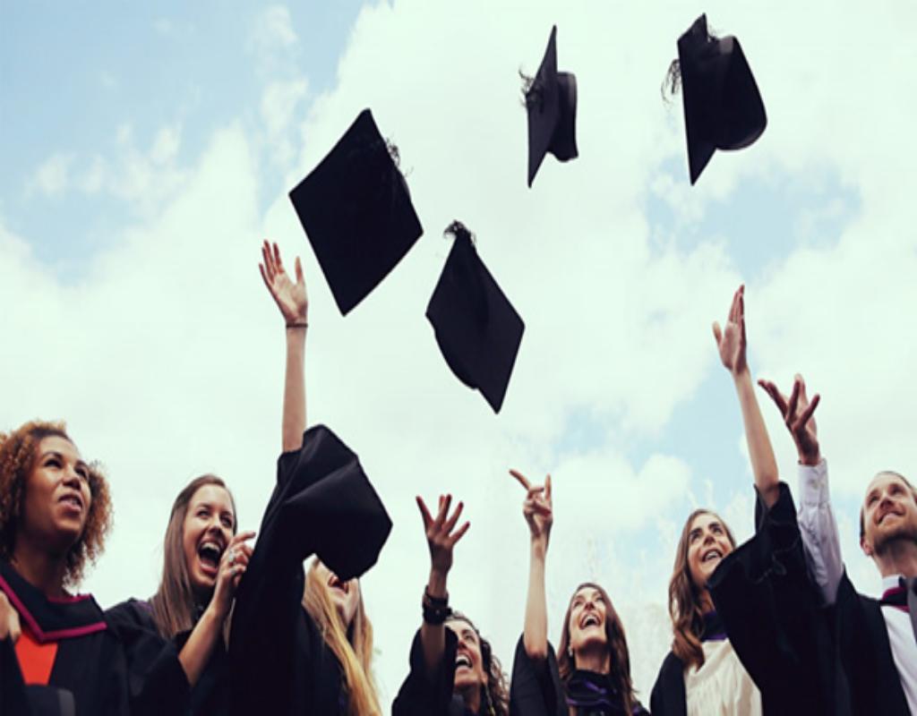 Bạn cần có lực học tốt mới có thể đăng ký đi du học